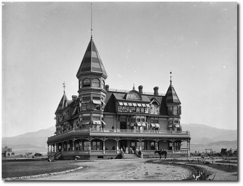 The hotel in Beaumont, circa 1895. Photo by Chuck Coker.