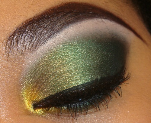 Gold and Green Eyeshadow Tutorial here http://youtu.be/GwNbsYteL-U you can see more tutorials like this here http://www.youtube.com/user/MakeMeUpbyWhitney?feature=mhee