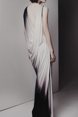 monochrome-princess:  Helmut Lang Pre Fall 2013