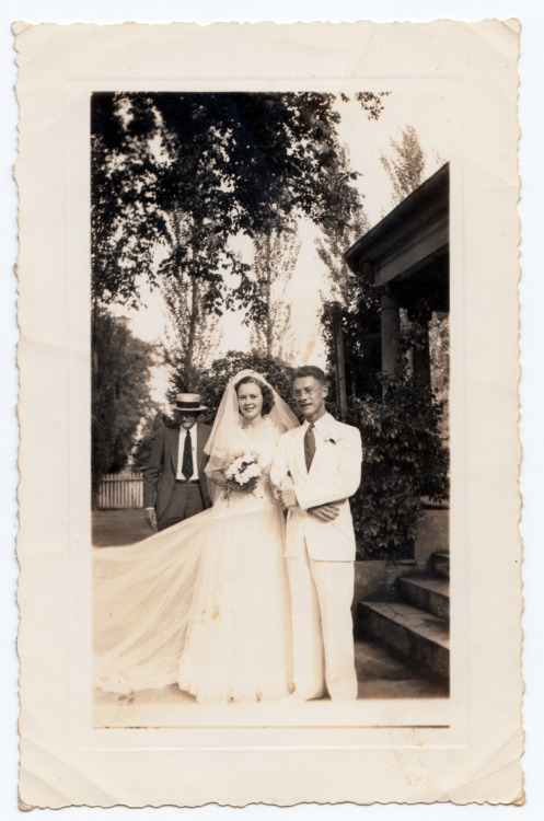Wedding, late 30s to mid-1940s. Most likely Chuckatuck, VA. This is my great-great-aunt Matsie, born in 1917 - she was absolutely wonderful, and I love this picture of her.