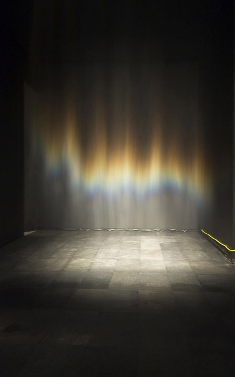 evocativesynthesis:  Olafur Eliasson, Beauty, 1993. (via arttattler)