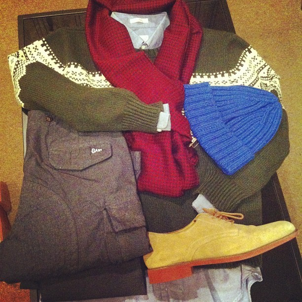 Happy Birthday to me: @GantRugger sweater, scarf, beanie, and OBD. #GantByMichaelBastian cargos. #ColeHaan bucks. #wiwt #menswear #gq #fashion