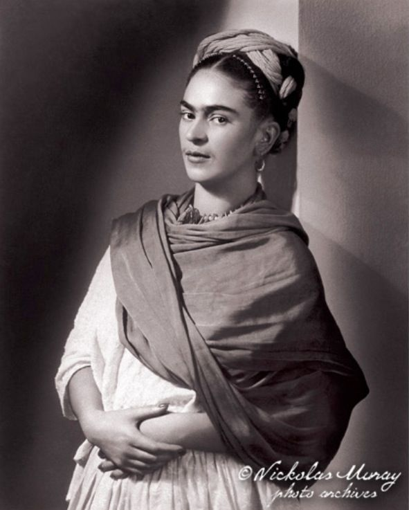 La beautiful Frida, by Nickolas Muray.