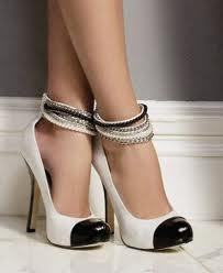 Beautiful, classic Chanel cap-toe pumps :)