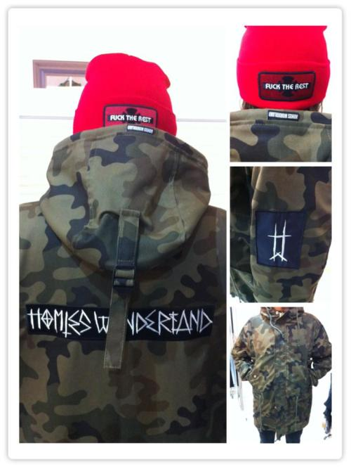 "LOKAL*HERO x HOMIES WONDERLAND camo parka x SUPREME ""FUCK THE REST"" beanie"