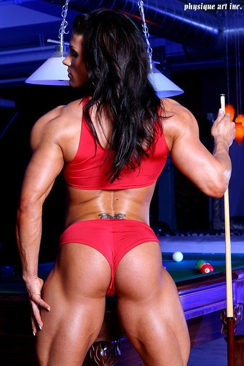 scitechfitness:  Look at those quads. Would love a front view :)