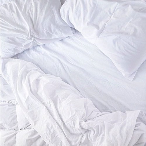 Message personnel : Dear Bed, i miss you. #messagedeservice