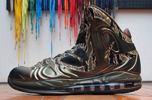 News: Nike Air Max Hyperposite - Tiger CamoDecember 08 hits the market (U.S.) the new Air Max Hyperposite – Tiger Camo constructed with…View Postshared via WordPress.com