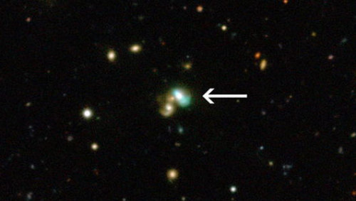 'Green bean' galaxy glows in the darkThese oddly-shaped galaxies will provide a window into the evolution of quasars, which are faraway galaxies powered by massive black holes.