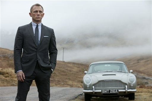 "'Skyfall' passes 'Avatar' as biggest hit ever at UK box office (Photo: Francois Duhamel / AP) ""Skyfall"", the 23rd official James Bond movie, has become the most successful film in British box office history, earning 94.3 million pounds ($152 million), its producers said on Wednesday. Read the complete story."