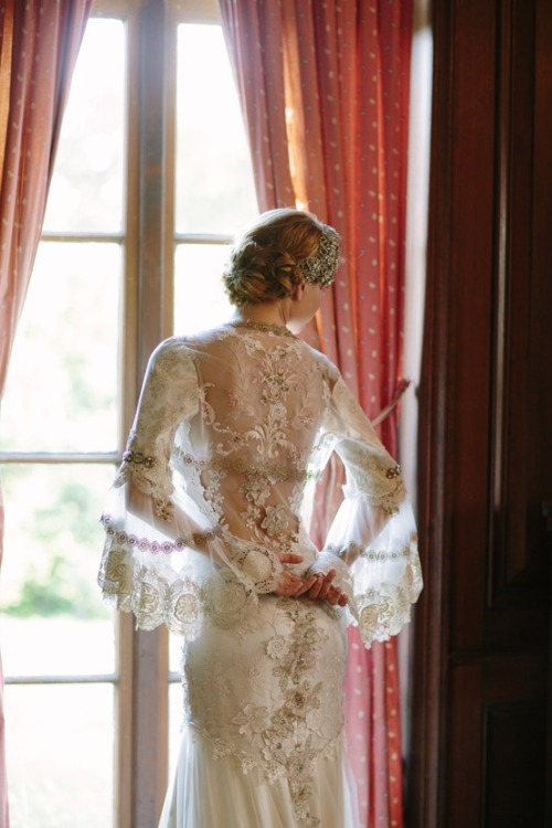 Claire Pettibone 'Viola' wedding gown & Fleur de Jour bolero  x twigs & honey Headpiece — Photo: Mirelle Carmichael Photography via Elizabeth Messina's 'A Lovely Workshop'