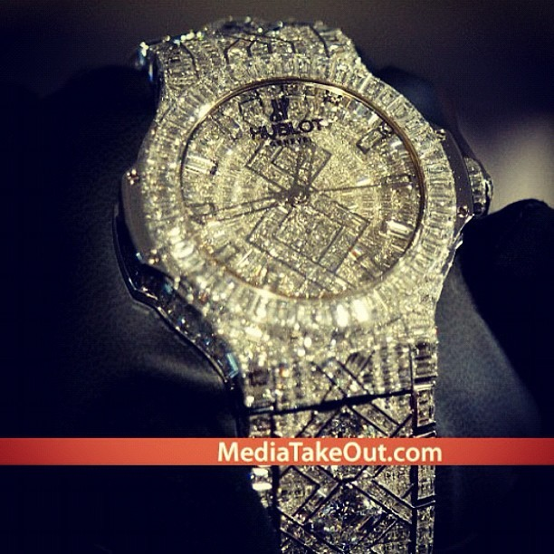 5 Mill #Hublot #Beyonce #Jayz #bday #dec4 my gosh!!!!! 🙌