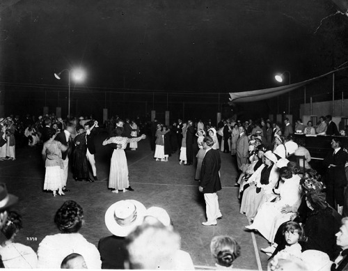 ljhshistory:  The grand opening of the La Jolla Community Center and Playground, now known as the La Jolla Rec Center took place on July, 3, 1915. As part of the festivities a gala was held that night with dancing on the tennis courts. It was overcast but comfortable according to La Jollan Anson Mills. Mr Mills estimated about two to three thousand people, most of them from San Diego, joined the festivities that day.