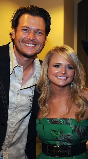 39/200 pictures of Blake and Miranda