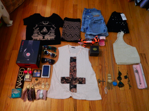 too-kawaii:  Fall/Winter Giveaway!!!! Enter By: Reblog Post Follow Me (I'll be checking) Message Me 'Giveaway' If Unfollowed You Are Uneligible To Win