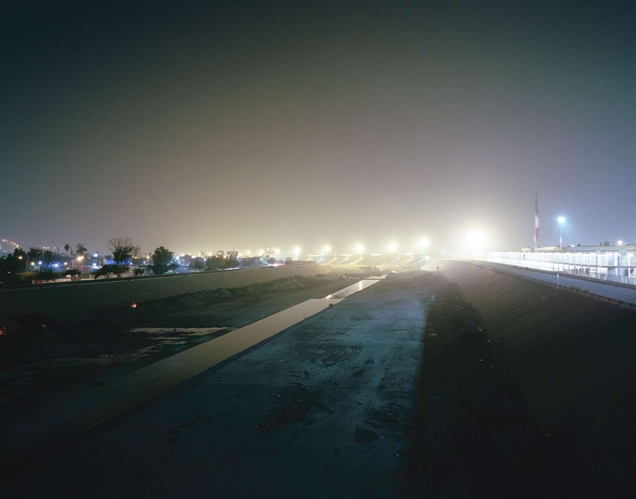 The border at night, taken from Mexico side