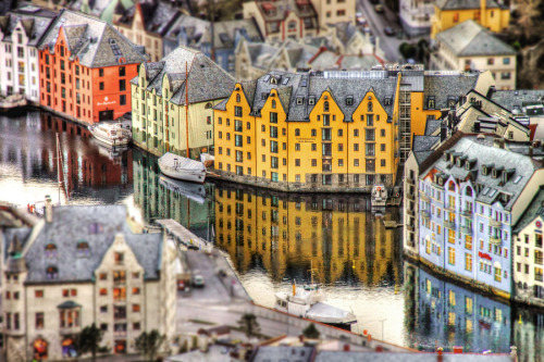 Ålesund | Norway (by Luís Garcia)
