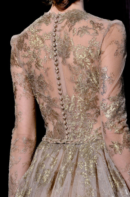 girlannachronism:  Valentino fall 2011 couture details