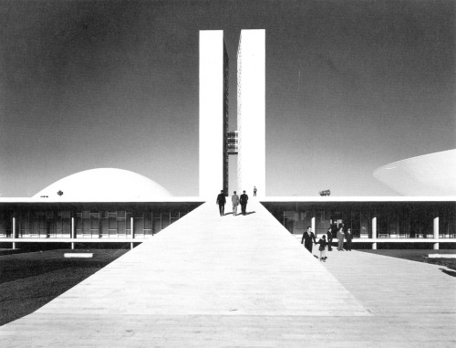 fuckyeahbrutalism:  National Congress of Brazil, Brasilia, 1957-64 (Oscar Niemeyer, 1907-2012)