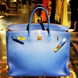#christmas is coming… #gift #hermes #birkin #bag #iconic #togo #mykonos #blue #manbag #fashion #obsessed #vintage #barneys #holiday