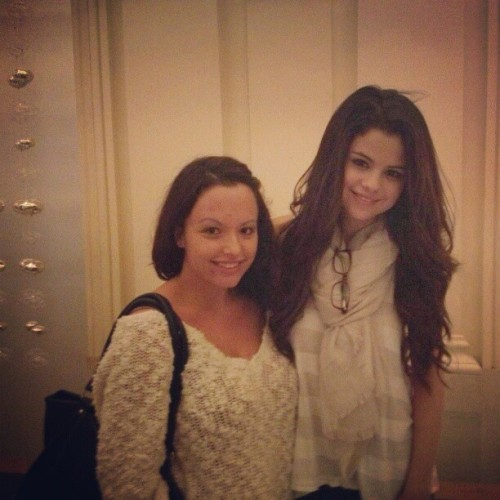smg-news:  Selena and a fan in Beverly Hills today!