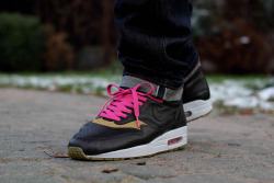sweetsoles:  Nike Air Max 1 'Kid Robot' (by kania)