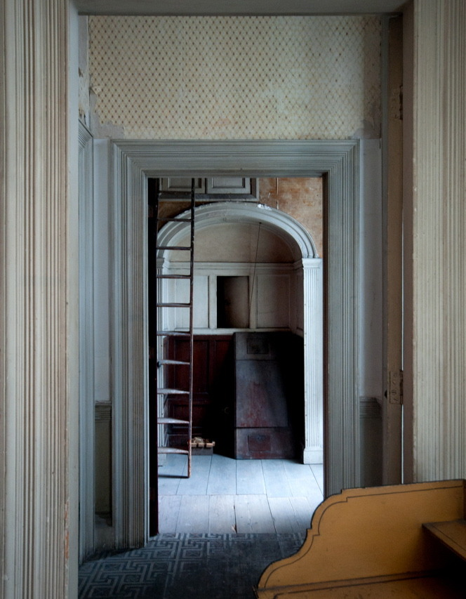 thevintaquarian:  j-h-affloressence: Interior, Calke Abbey Derbyshire by Ghost Garden on flickr