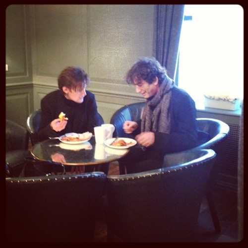 neil-gaiman:  alexzalben:  Matt Smith and Neil Gaiman having breakfast. Not pictured: John Hodgman. This has been a weird morning.  It was weird for you? Listen, someone took a photograph of me having breakfast and I did not know.  THIS MAKES ME FEEL WAYS ABOUT THINGS