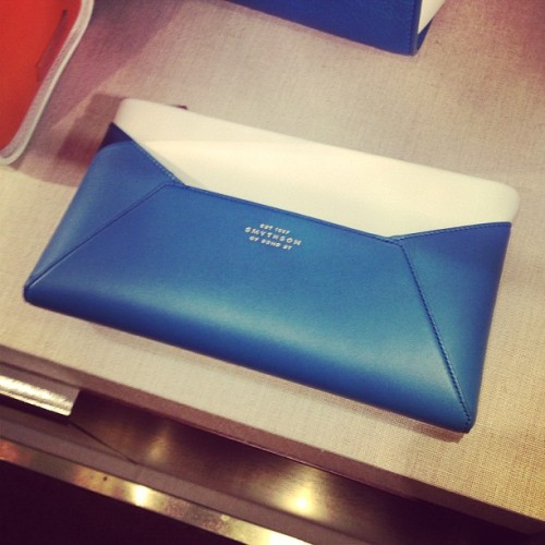 Feeling the simplicity of this classy @Smythson clutch