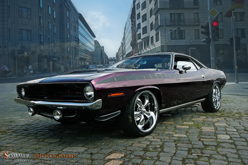 musclecarblog:  (via hemi by ~SommerPhotography on deviantART)   #hemi #horsepower #moparornocar