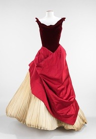 creativemuggle:  1953 Charles James Ball Gown
