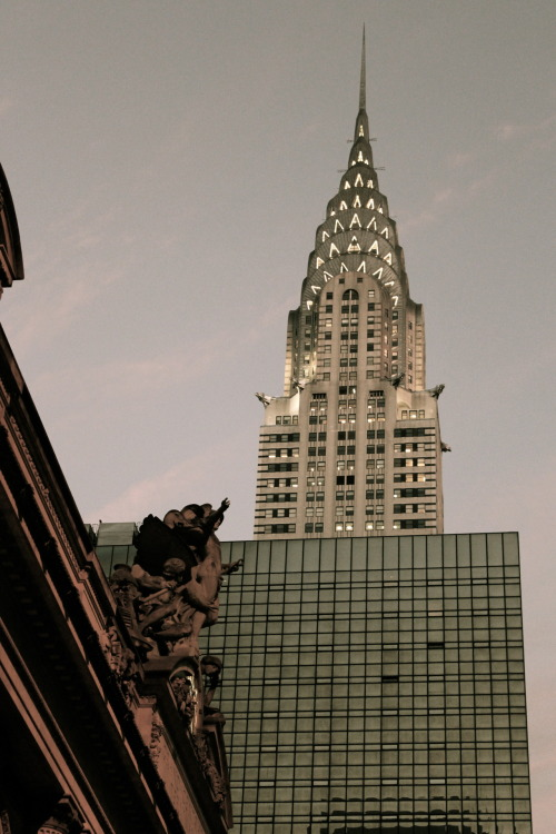Chrysler Building from 5th Ave