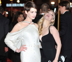 The Les Misérables' red carpet: where Anne Hathaway grows wings and Amanda Seyfried looks crazy (and drunk?). What do you think of Hathaway's dress?:http://bit.ly/TMDjuh  [Photo Credit: WENN.com]
