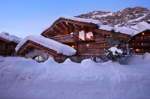 (via Luxurious Chalet Marco Polo Offering Extended Views of the Alps in Val d'Isère, France) Val d'Isere, Rhone-Alpes, France