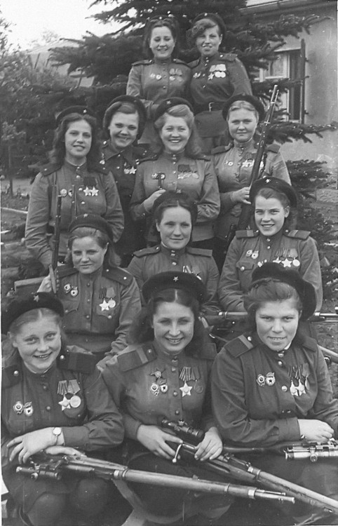 Female snipers of the Soviet 3rd Shock Army. Bottom Row, left to right: 20, 80, and 83 confirmed kills. Second row: 24, 79, 70. Third row: 70, 89, 89, 83. Top row: 64 and 24 confirmed kills. Germany, May 4, 1945. 775 confirmed kills in one picture.