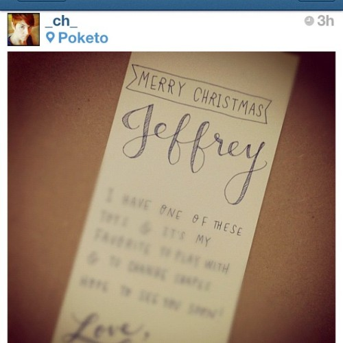 Yep! Our @joycejchai & @_ch_ will write personal notes for your gifts! We care that much! #poketolovesyou (at Poketo)
