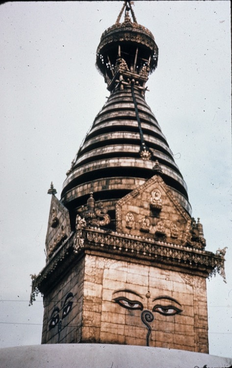 cocoroachchanel:  Close up of upper portion of Swayambhunath Buddhist temple, Kathmandu, Nepal.