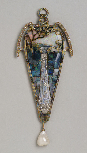 the-goddamn-loveliest-melody:  Alphonse Mucha - Pendant Cascade, ca 1900 on We Heart It. http://weheartit.com/entry/1070769/via/august_poplar
