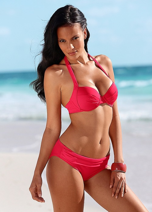 LASCANA Red Ruched Underwired Bikini A vibrant red tone wraps itself around this classic underwired bikini to great effect and to give you a little more wriggle room a stylish ruched detail has been added to the padded cups and also pops up on the briefs. The halter straps sculpt your upper frame and for ease of use the halter neck top fastens around the neck and closes at the back.