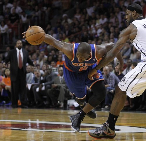 onlythebestknicks:  2012-13 Raymond Felton Vs. Miami Heat. THE UNSTOPPABLE FORCE.