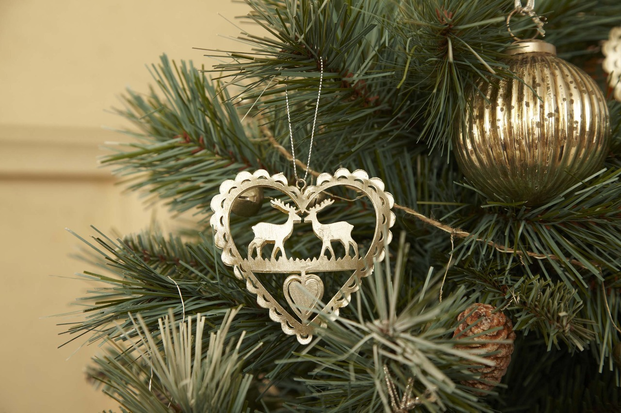 Perfect for Christmas. Silver Reindeer in Heart Christmas Tree decoration. Also available in cream.