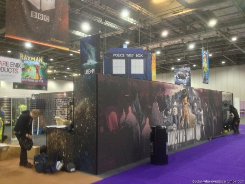 doctor-who-overdose:  Matt is appearing at a con in London today. Here's the BBC booth going up. (More in comments)Click for the best DoctorWho tumblr ever.