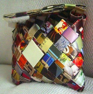 Rad!  Loves it! freedomclothing: Lilith Creation's handbag made from magazines.