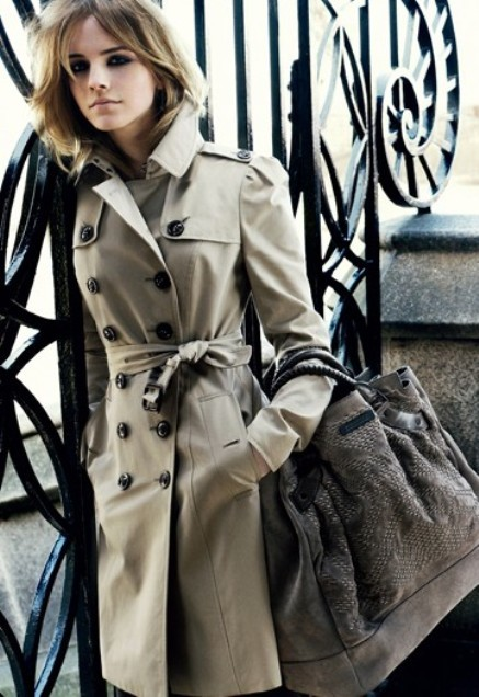 Emma Watson for Burberry Winter.  She works the basic trench coat so well. Very beautiful.