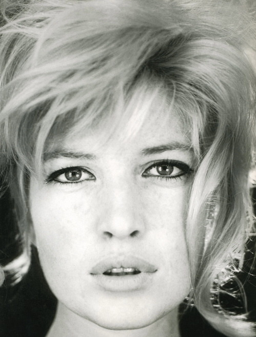 now… monica vitti… italy never disappoints…